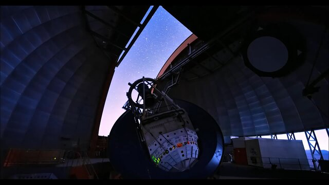 A night with the Víctor M. Blanco 4-meter Telescope