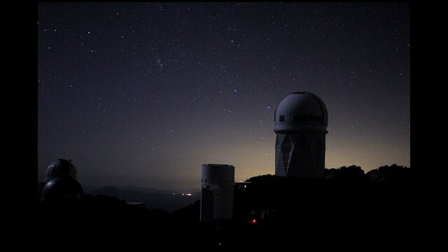 Star rise over the Mayal 4-m Telescope